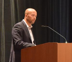 Dr. Joe Hitt making closing remarks at WearRAcon16, Phonex Arizona, 2016, Photography by Bobby Marinov