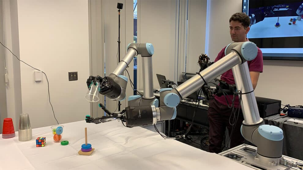 Hands-On with the tactile telerobot at the feast experience center