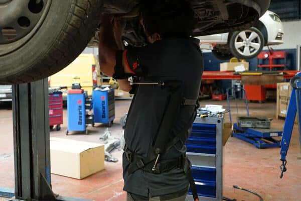 PLUM exoskeleton work under car 900 Jan 2021